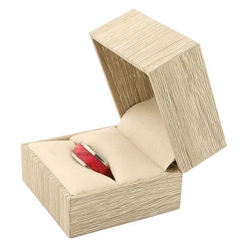 Ring box for one ring - timber cream