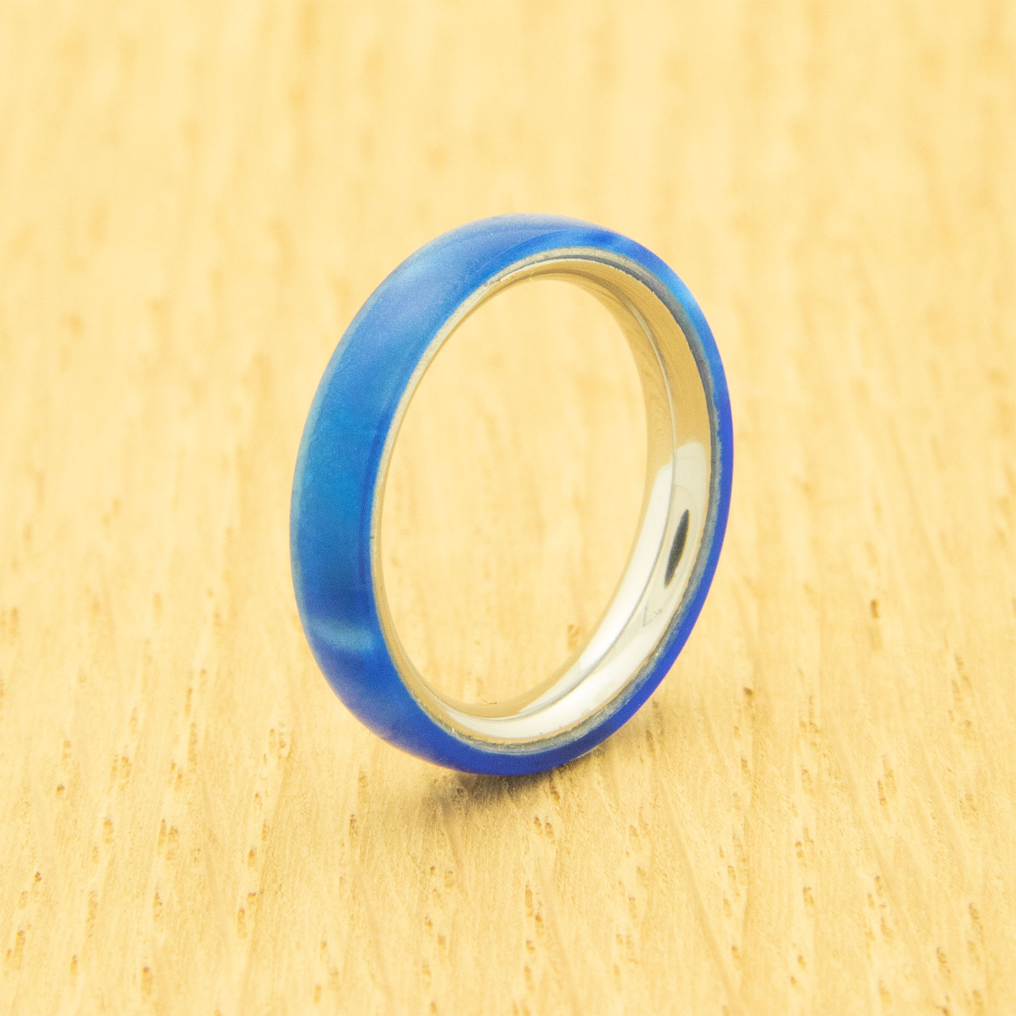 Shown here with Lifestyle ring core 3 mm