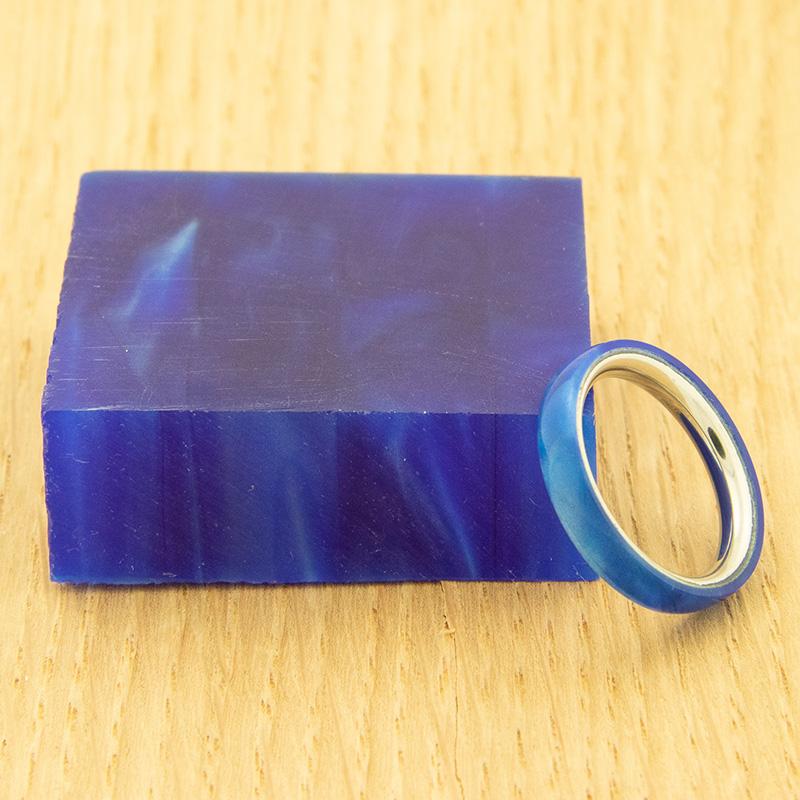 Acrylic ring blank - Blue Macaw