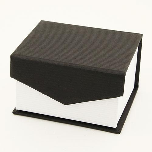 Tuxedo ring box for one ring